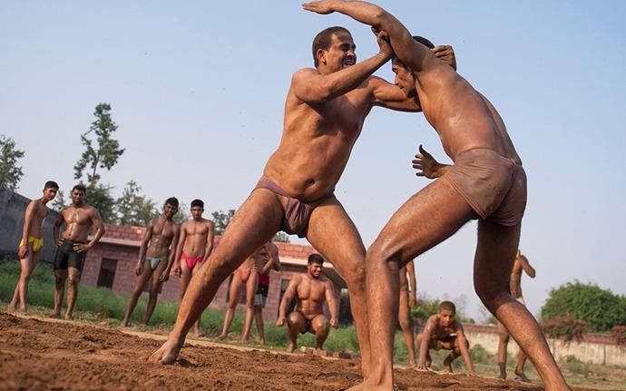 Hombres Musculosos Gay 115