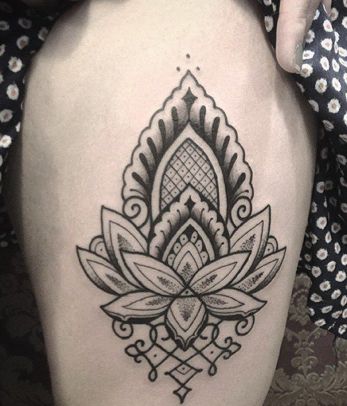 lotus-henna-drawing