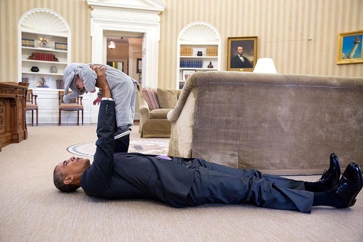 la otra parte de barack obama 18