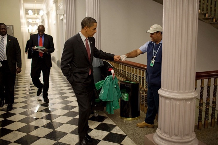 la otra parte de barack obama 8